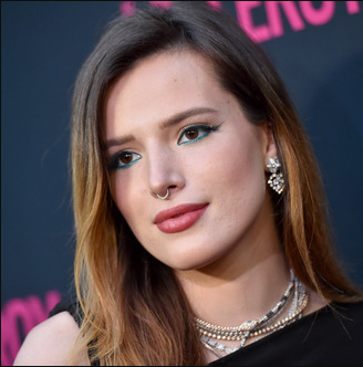 Bella Thorne releases her naked photos by herself after hacker threatened to release them