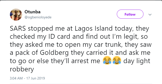 Nigerian man accuses SARS officers of extorting him of a pack of Beer after they stopped him at Lagos Island?