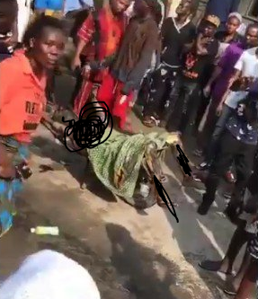 Graphic: Man set on fire by hoodlums dies in Ajah