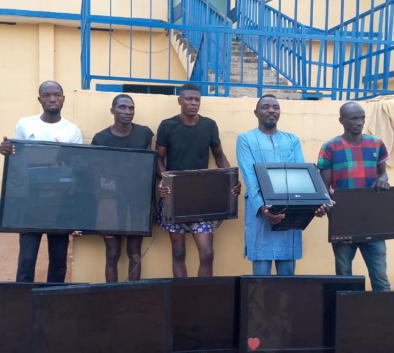 Photos: Suspected thieves and receivers of stolen property arrested and paraded in Benue