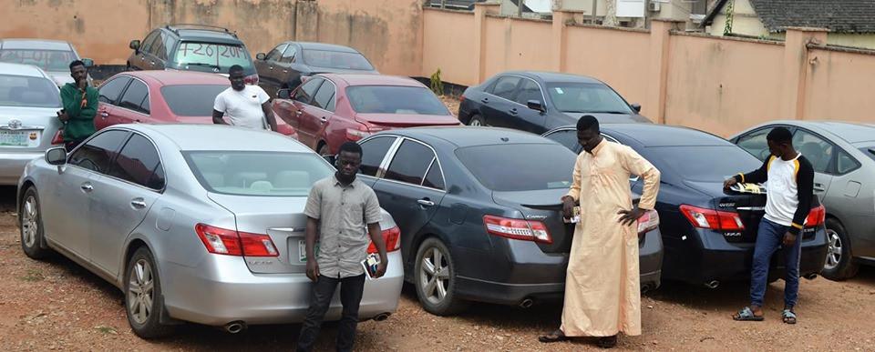 EFCC arrests 54?suspected internet fraudsters in Ogun and Osogbo  (Photos)
