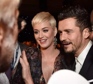 Katy Perry and Orlando Bloom to ?wed at end of year in intimate ceremony