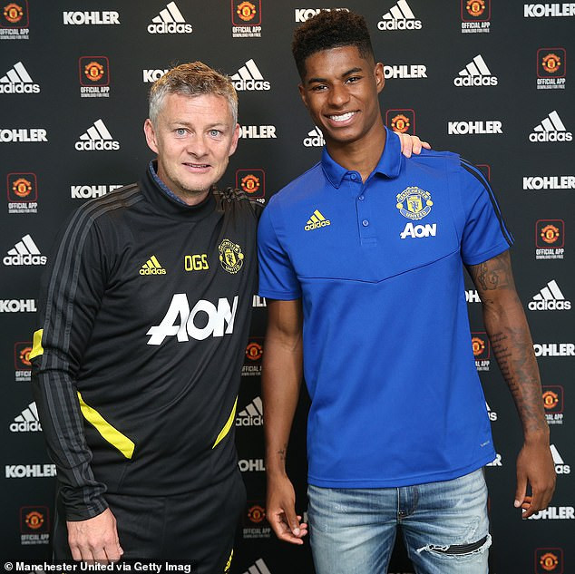 Manchester United tie Marcus Rashford to a new deal that