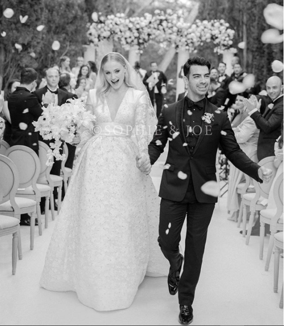 First photos from Sophie Turner and Joe Jonas