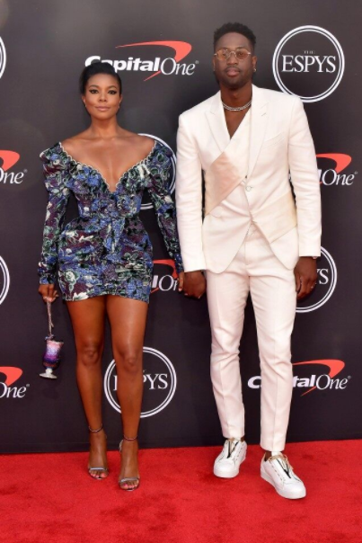 """I cannot wait till 5 years from now to marry you again"" Dwyane Wade professes love for Gabrielle Union in funny speech at 2019 ESPY Awards (video)"