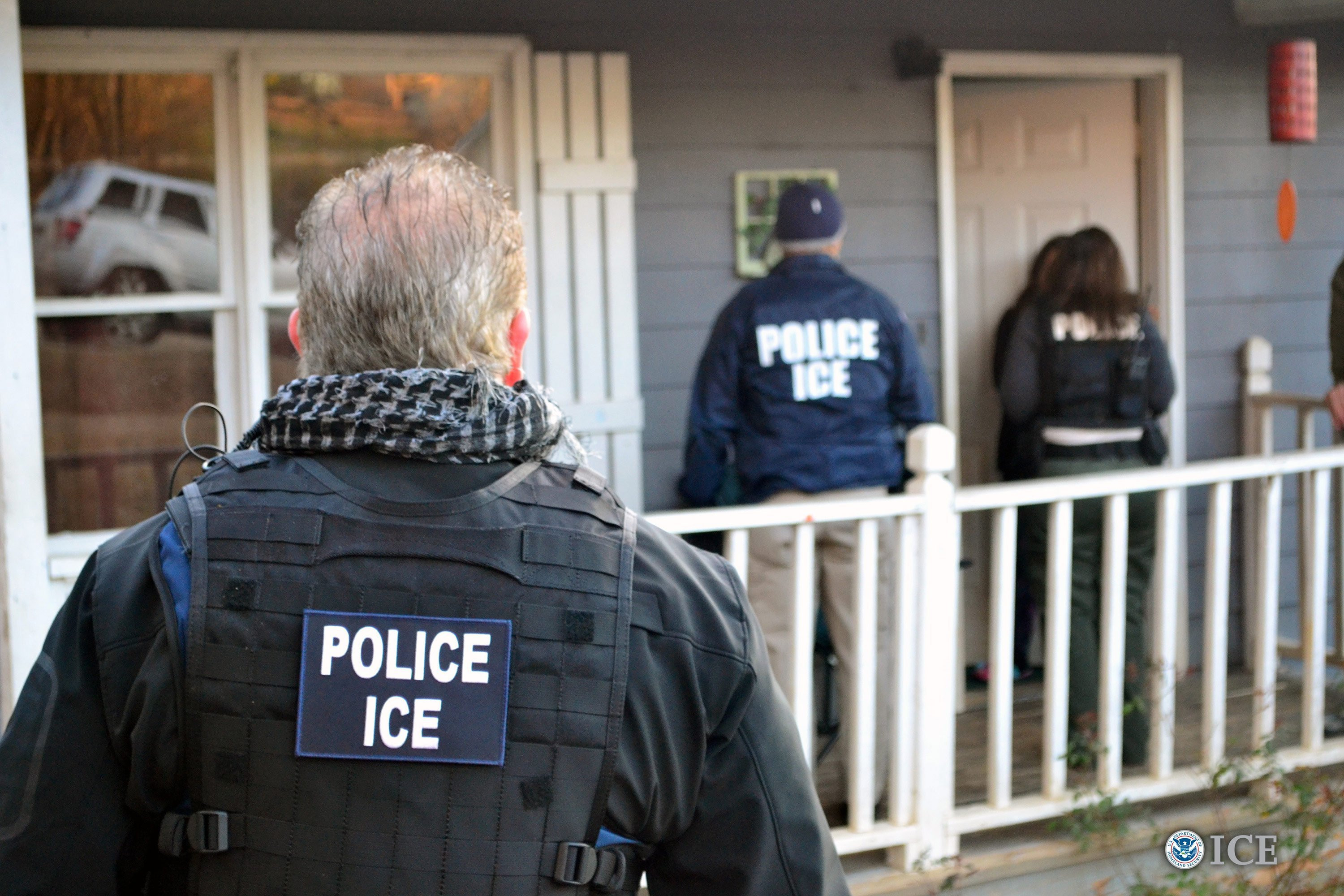 "US Immigration to begin its nationwide raids this Sunday to arrest and deport ""thousands"" of undocumented immigrants"
