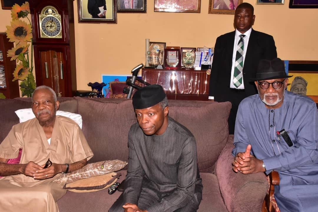 Photos: Osinbajo pays condolence visit to Afenifere leader, Reuben Fasoranti