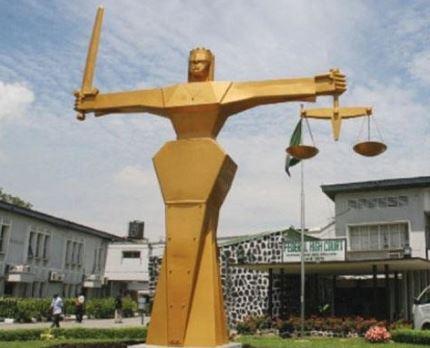 Teenage housekeeper arraigned?for stealing her employer?s international passports