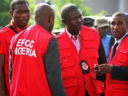 N22b Paris cash: EFCC seizes passports of 34 top ex-Kwara State officials