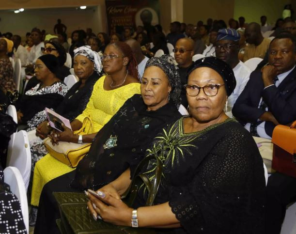 Photos: FFK, Tinubu, Gbenga Daniel, others attend tribute night for Funke Olakunrin, daughter of Afenifere leader