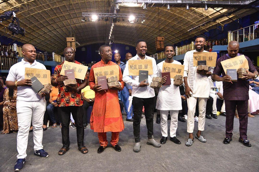 Prophet Jeremiah Omoto Fufeyin blesses Comedians, musicians #5m