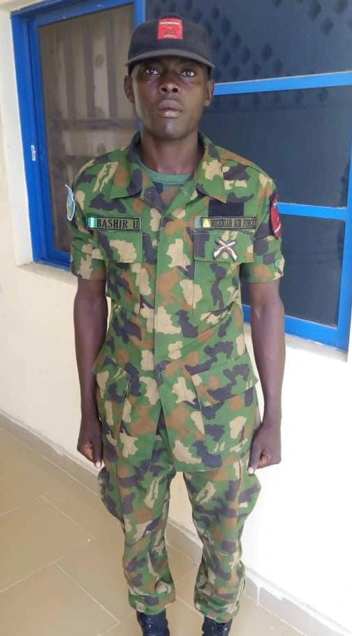 Nigerian Air Force rewards officer who returned missing €37,000