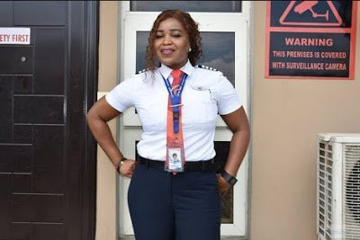 Meet the beautiful Nigerian pilot who averted the near tragedy in Lagos airport (photos)