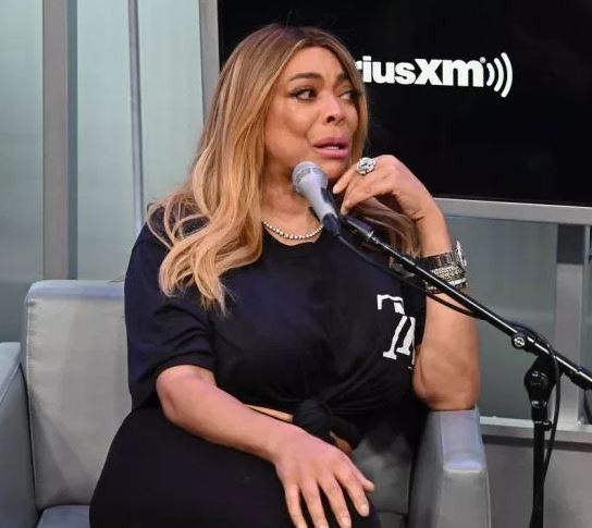 Wendy Williams breaks down in tears as she talks about ex husband (Video)