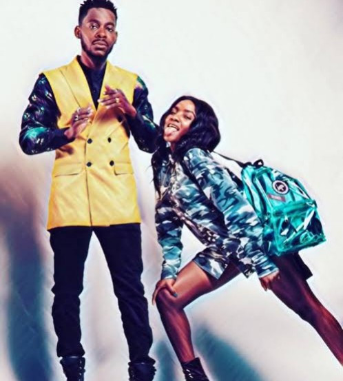 Adekunle Gold gives Simi an ultimatum in hilarious Twitter exchange; Simi's mum replies