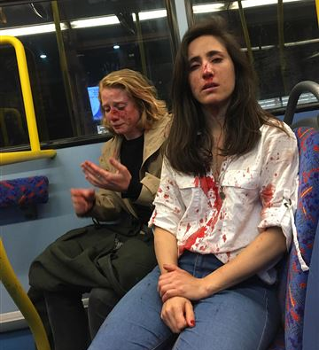 4 teenagers charged in attack on lesbian couple on London bus