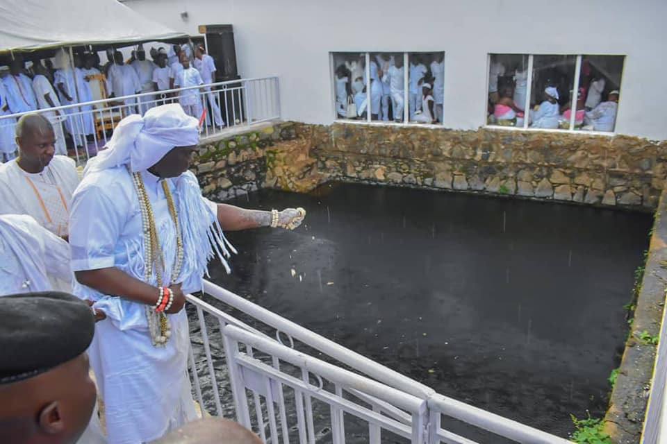 Ooni of Ife participates in Osun deity festival (photos)