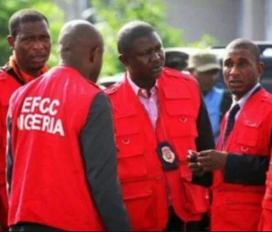 EFCC arrests Kwara State director, 6 microfinance bank MDs over alleged N2bn SME fraud