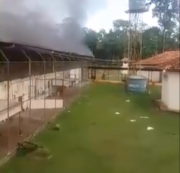 Brazil prisoners filmed playing football with decapitated heads of rival gangs during bloody prison clash (graphic photo/video)