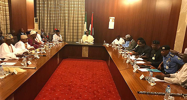 Security: President Buhari hosts South West monarchs in the state house (photos)