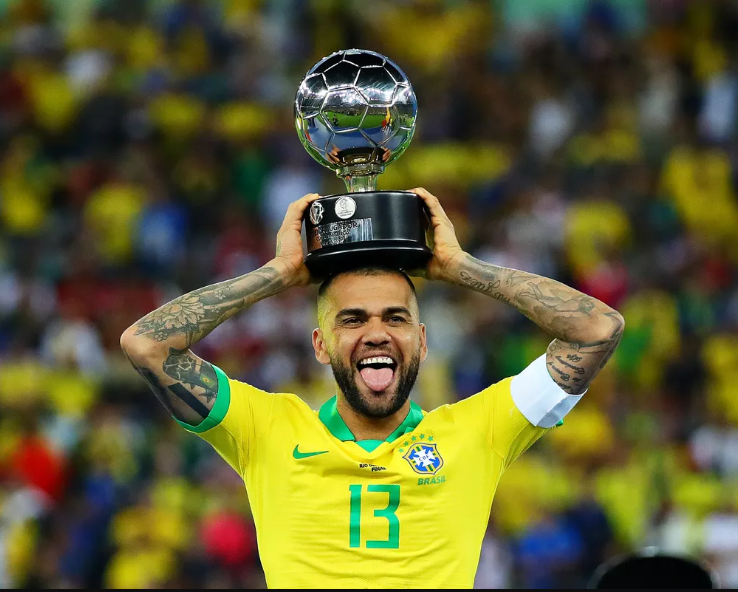 Former Barcelona right-back Dani Alves seals return to Brazil, signs two-and-a-half-year deal with Sao Paulo (Photos)