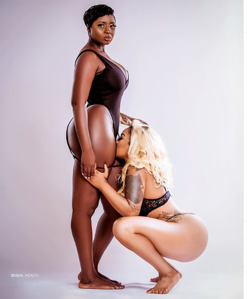 Toyin Lawani sniffs Princess Shyngle vagina in new raunchy photo