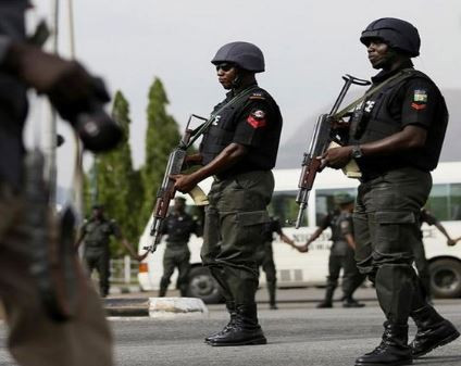 Security agencies surround National Stadium, allegedly fire bullets at #RevolutionNow protesters