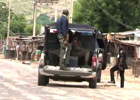 Police arrest 32 suspected cultists during fresh raid in Bariga, Lagos