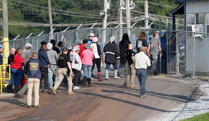 US Immigration agents arrest 680 undocumented immigrants in Mississippi during nationwide raids (See photos)