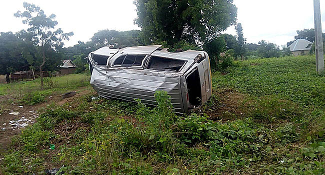 Investigative panel visits scene where police officers were killed by soldiers in Taraba (photos)