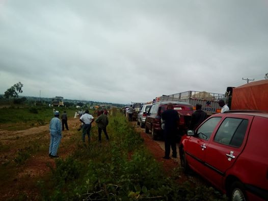Photos: Drivers block Abuja-Kaduna highway in protest over killing of colleague by security operatives