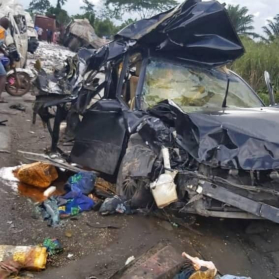 Photos: 7 persons killed in fatal accident along Benin-Asaba express road