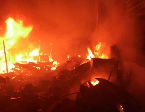 Fire razes Edo State spare parts market