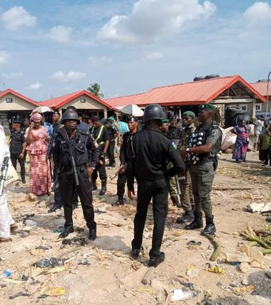 Photos from the violent clash?between the Hausa and Yoruba community in Oke Odo market, Lagos State