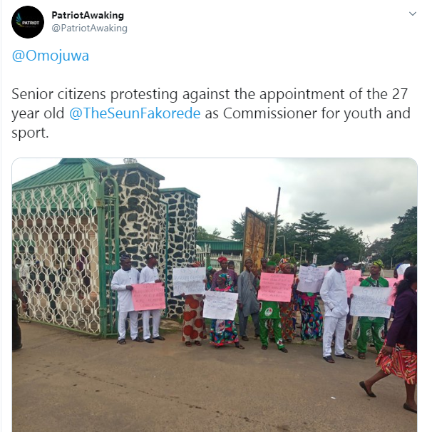 Senior citizens protest against the appointment of 27-year old Seun Fakorede as commissioner in Oyo State (photos)
