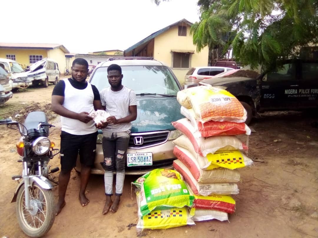 Police arrest two brothers for allegedly defrauding rice seller with fake currency
