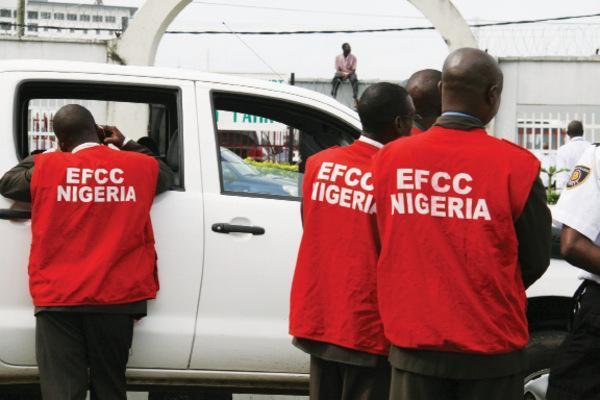 EFCC traces N223m to bank account of Ekiti internet fraud kingpin