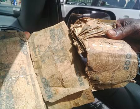 Deposit bad naira notes in bank before Monday - CBN tells Nigerians