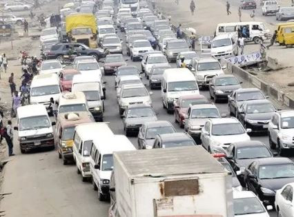 #TrafficAdvisory: Partial closure of Lagos-Ibadan expressway will last till October 31st -?LASTMA