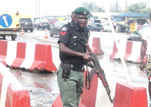 Photos from the partial closure of Lagos-Ibadan expressway?