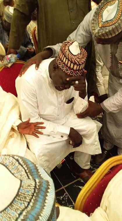 See the moment former Zamfara lawmaker bowed before ex-Governor Yari as he begged for forgiveness over his defection to PDP