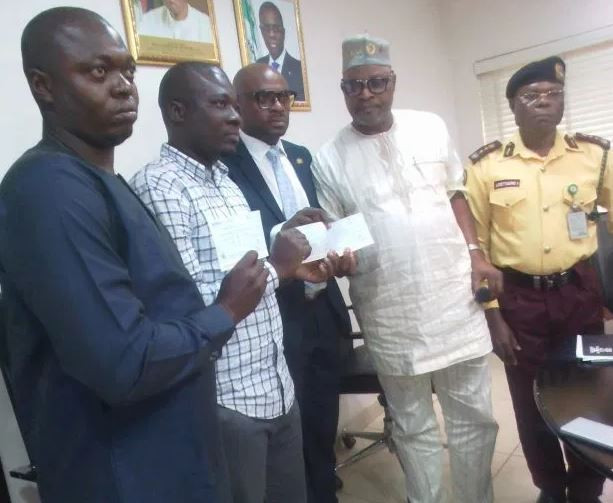 Lagos State Government gives N10 million to the family of LASTMA officer who lost her life in the course of her duty