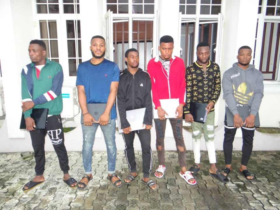 EFCC arrests six suspected Facebook hackers in Uyo (Photos)