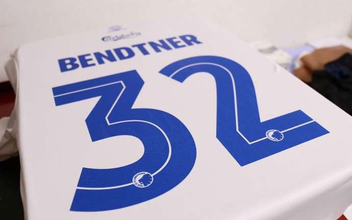 FC Copenhagen sell out all home jersey and their website crashed after signing ex-Arsenal star Nicklas Bendtner