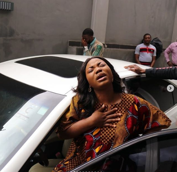 Gospel singer, Mercy Chinwo gets a car gift on her birthday (video)