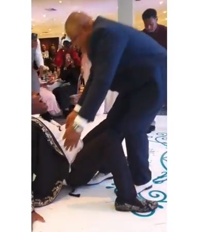 Toyin Lawani shares video showing moment Sir Shina Peters fell while doing the