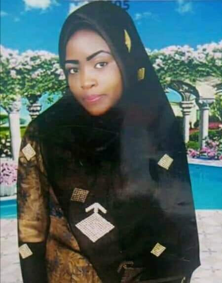 Update: Teenage girl who set herself ablaze in Zamfara has been taken to the hospital (photo)