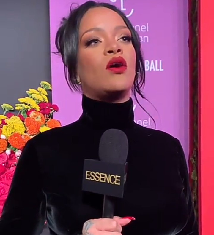 """We are impeccable and the world will just have to deal with that"" Rihanna gives inspiring speech about black women at the 2019 Diamond Ball (video)"