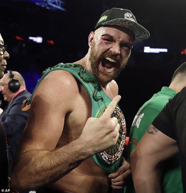 Tyson Fury with an almost blind eye, defeats Otto Wallin in 12 rounds(photos)