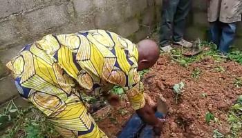 Un soudeur tue un cycliste dans l'État du Niger et récolte son intestin pour un rituel